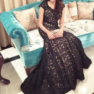 Color dress black gown
